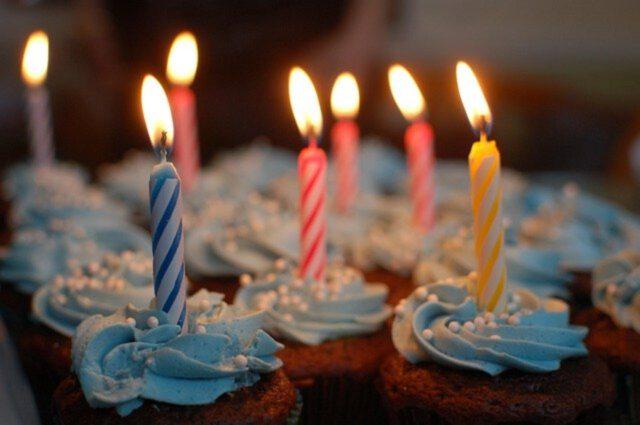 Co kupić bliskiej osobie na 30 urodziny?